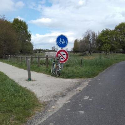 l'entrée de la voie verte